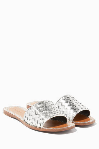 5803559dbca2 Shop Luxury Flat Shoes for Women Online