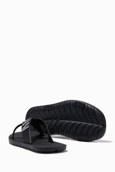 hover state of Criss Cross Strap Slides