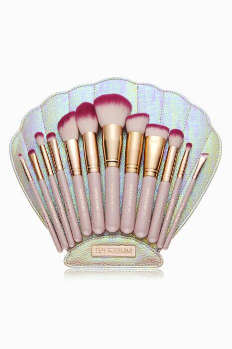 Pearly Clam Bomb Shell Brush Collection