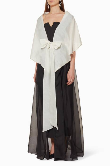 Black & White Oversized Collar Abaya