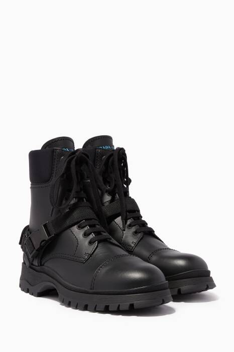Black Lace-Up Mountain Boots